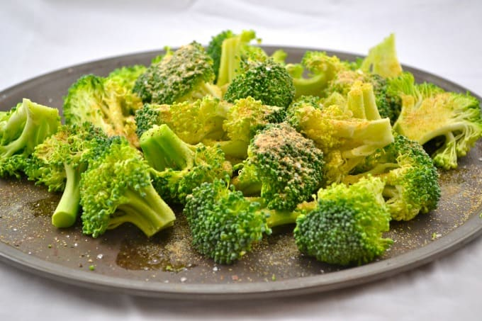 roasted-garlic-broccoli