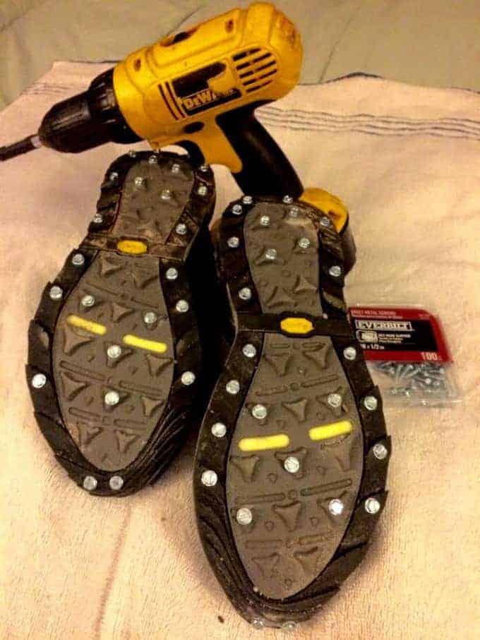 The-screw-shoe-1