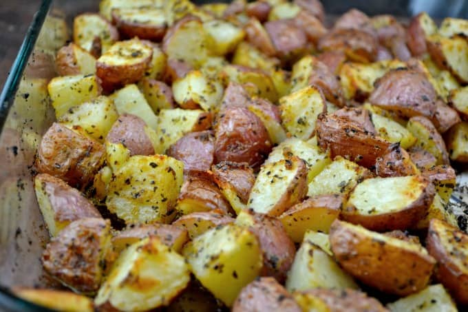 These roasted garlic baby red potatoes are the perfect way to enjoy ...