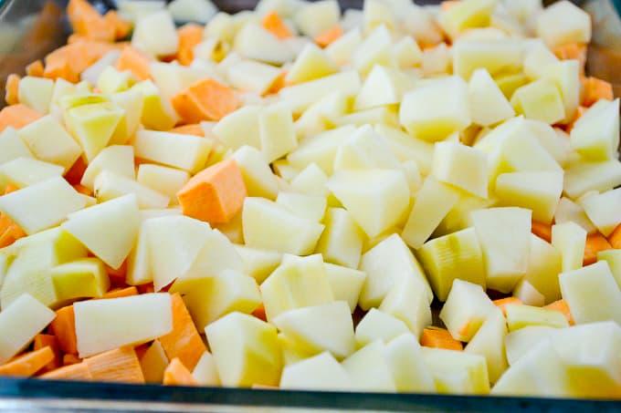 simple vegan breakfast hash - recipe via @buildyourbite