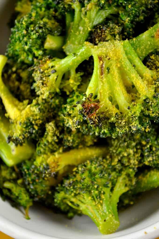 the-best-cheesy-vegan-broccoli-2