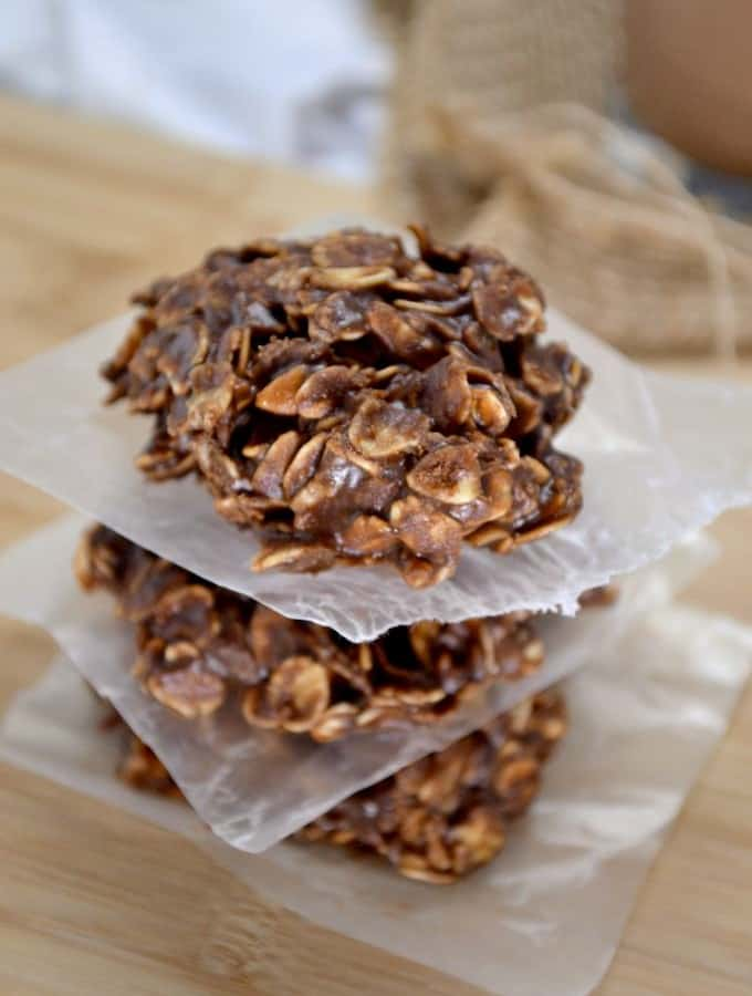 healthy-chocolate-peanutbutter-no-bake-cookies-3