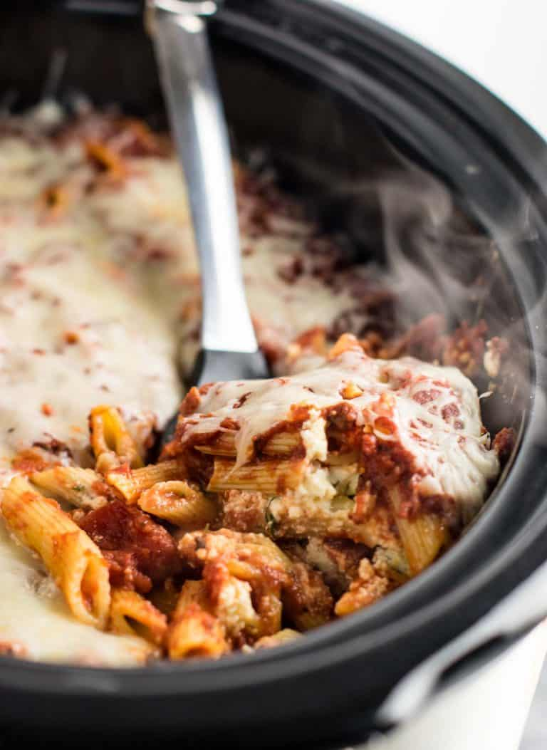 Easy Crockpot Baked Ziti | Hearty Crockpot Recipes For Fall | Homesteading Easy Recipes