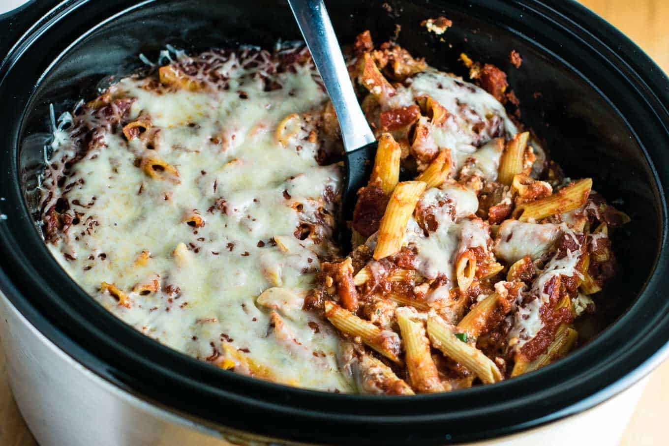 Crock pot baked ziti recipe build your bite super simple and delicious dinner with barely any cooking slow cooker baked ziti forumfinder Choice Image