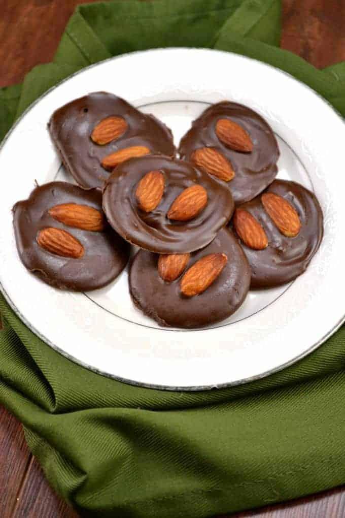 chocolate peanutbutter almond bites