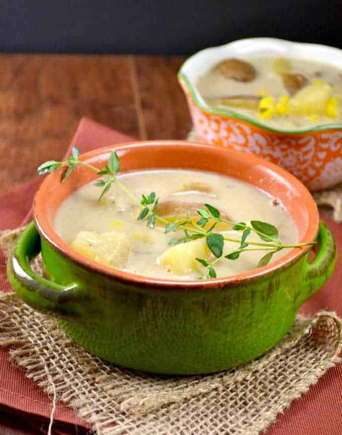 slow cooker vegetarian corn chowder