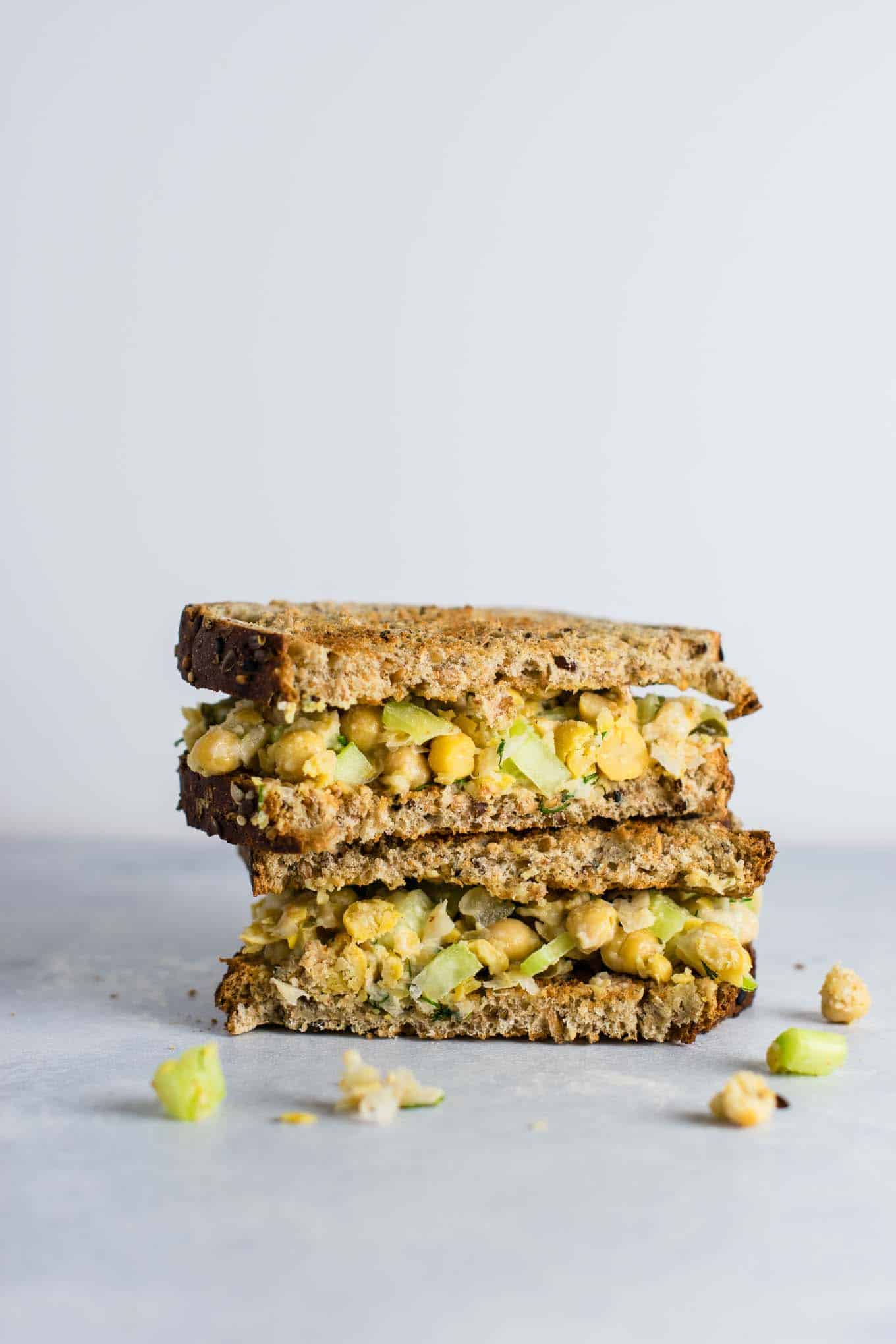 The BEST chickpea salad sandwich recipe. Minimal ingredients and so much flavor! I love this for easy lunches! #chickpeasaladsandwich #chickpea #vegan #mealprep
