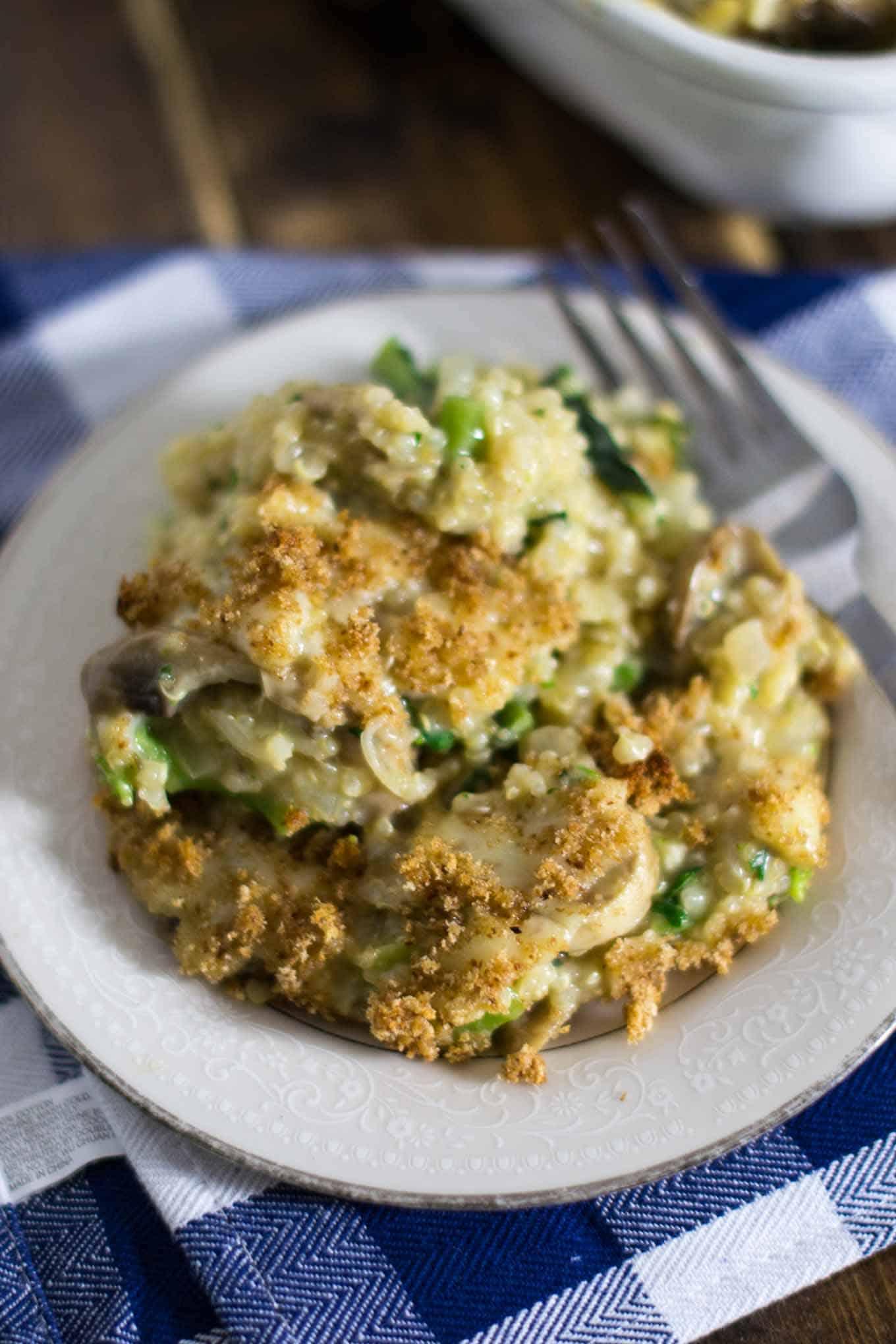 broccoli & cheddar quinoa casserole