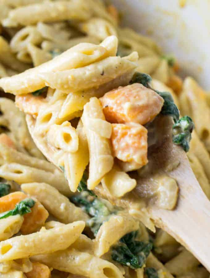 one pot sweet potato and spinach pasta