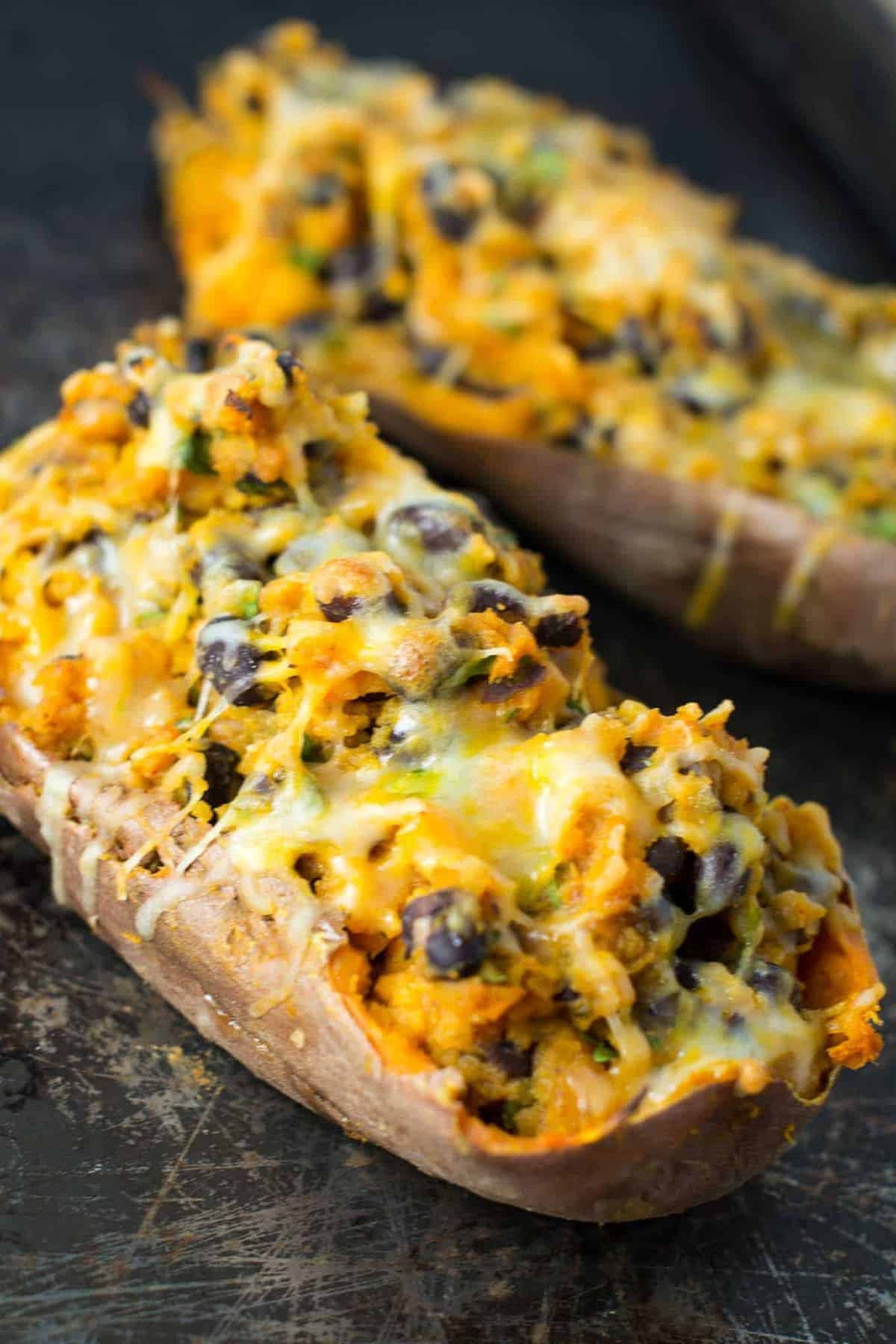 vegetarian mexican stuffed sweet potatoes recipe via @buildyourbite