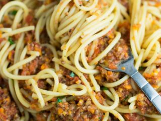 Vegetable bolognese recipe made with mushrooms, carrots, celery, garlic, and onion. A delicious meatless vegetarian