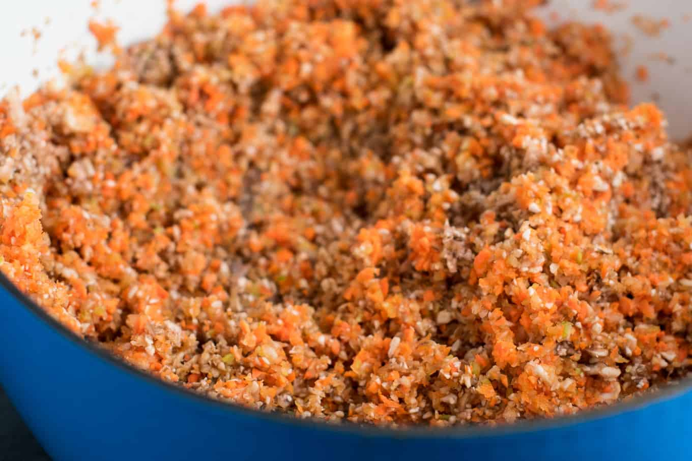 """Vegetable bolognese recipe made with mushrooms, carrots, celery, garlic, and onion. A delicious meatless vegetarian """"meat"""" sauce recipe. #vegetablebolognese #vegan #vegetarian #bologneserecipe"""