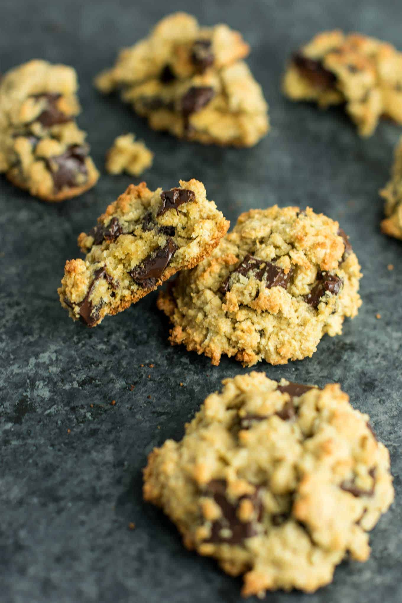 gluten free dessert recipes - Gluten Free Oatmeal Chocolate Chip Cookies recipe made with oat flour and coconut flour. An easy, healthy, and delicious cookie recipe made using easy to find and inexpensive gluten free flours. #glutenfree #oatmealchocolatechip #healthy #cookies