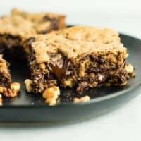 Dark Chocolate Pecan Cookie Bars