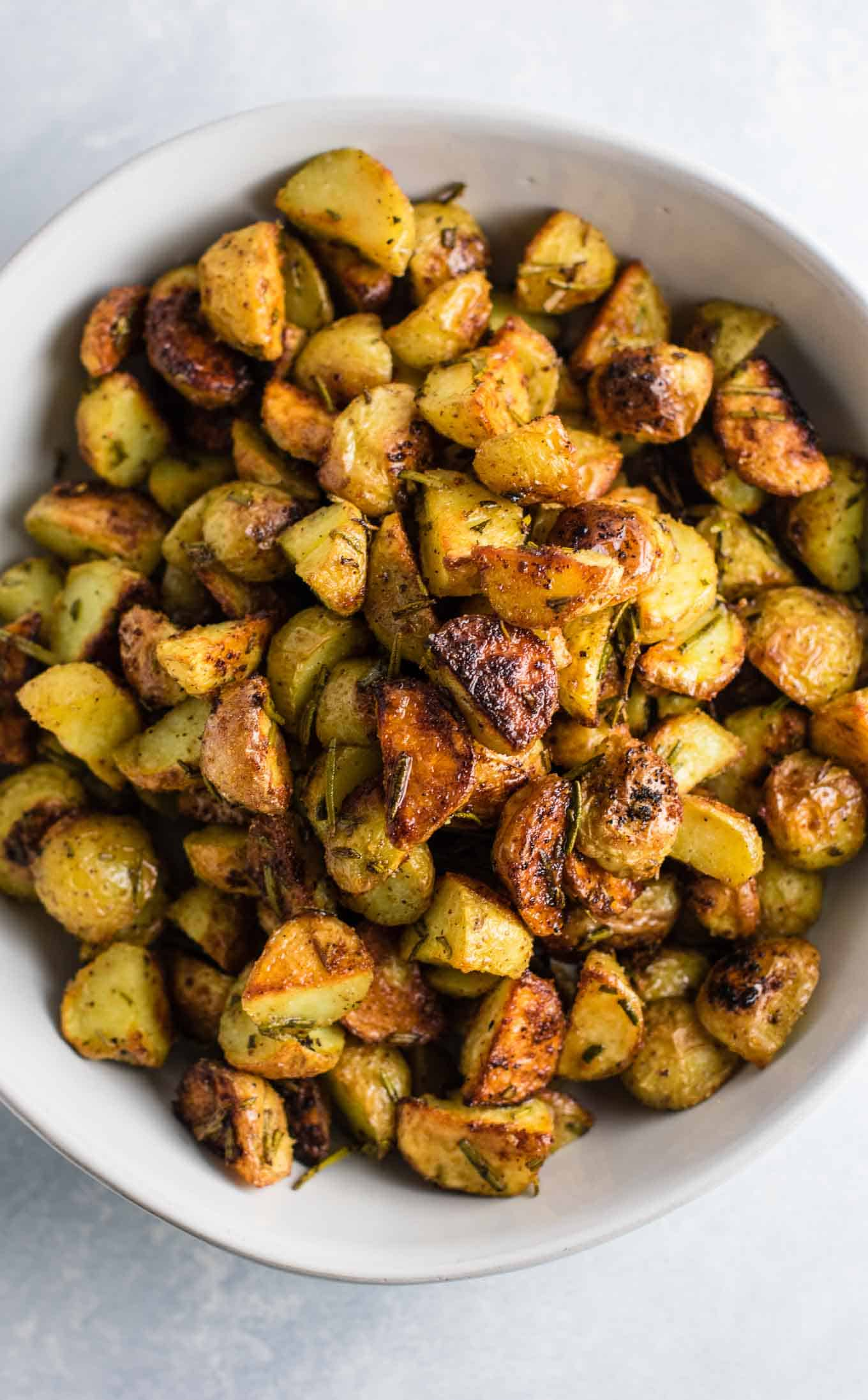 Rosemary Roasted Potatoes Recipe - Build Your Bite