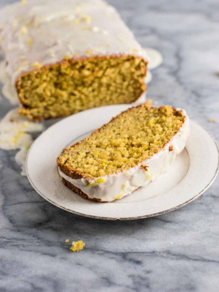 Mind blowing healthier greek yogurt lemon loaf! Made with healthier ingredients and melt in your mouth delicious #greekyogurtlemonloaf #lemonloaf #coconutoil #healthy #lemonbread
