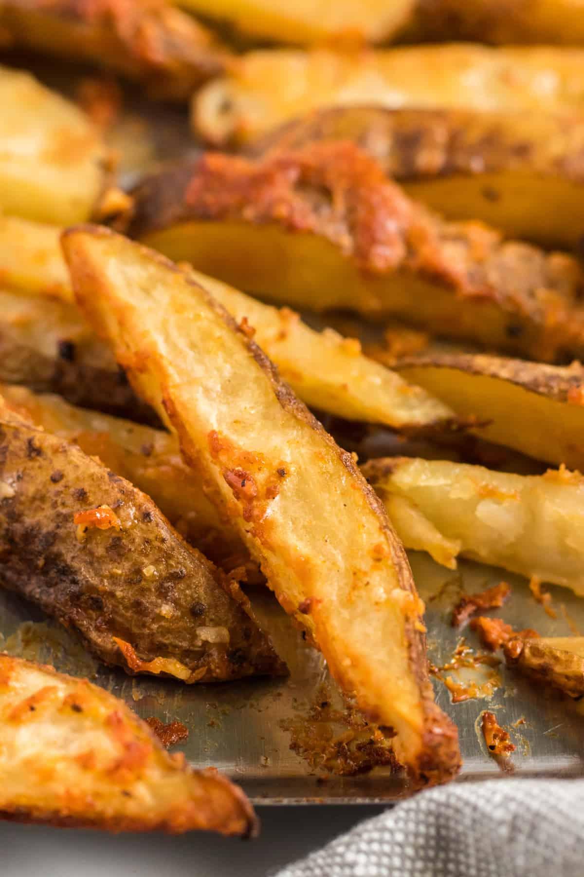 up close image of the crispy potato wedge