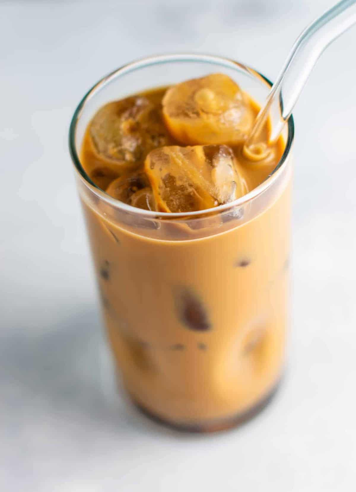 Learn how to make iced coffee at home with these easy delicious tricks!