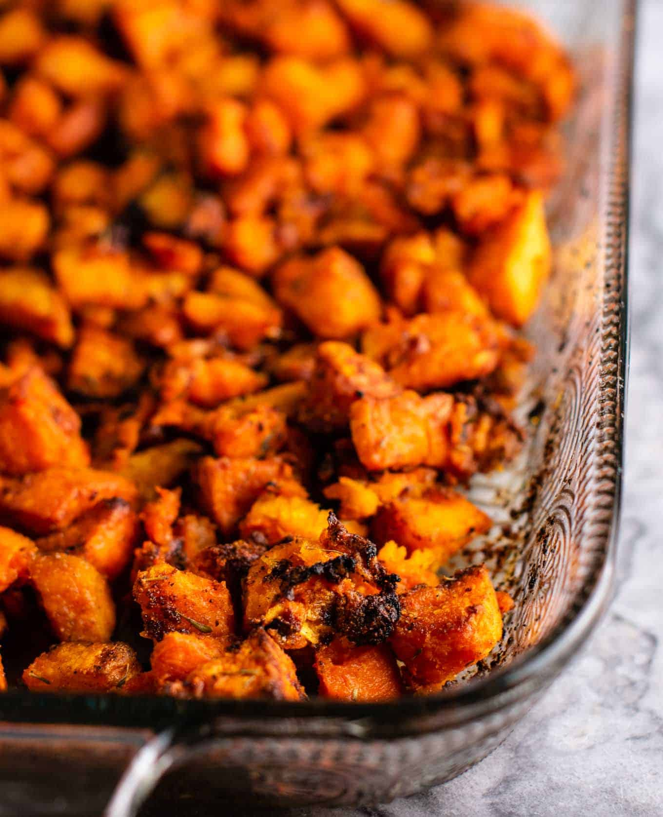 Sweet potato breakfast hash recipe with caramelized garlic and onion. So much flavor - this is perfect for breakfast! #sweetpotatohash #sweetpotato #veganbreakfast #vegan #breakfasthash #glutenfree #dairyfree #vegetarian