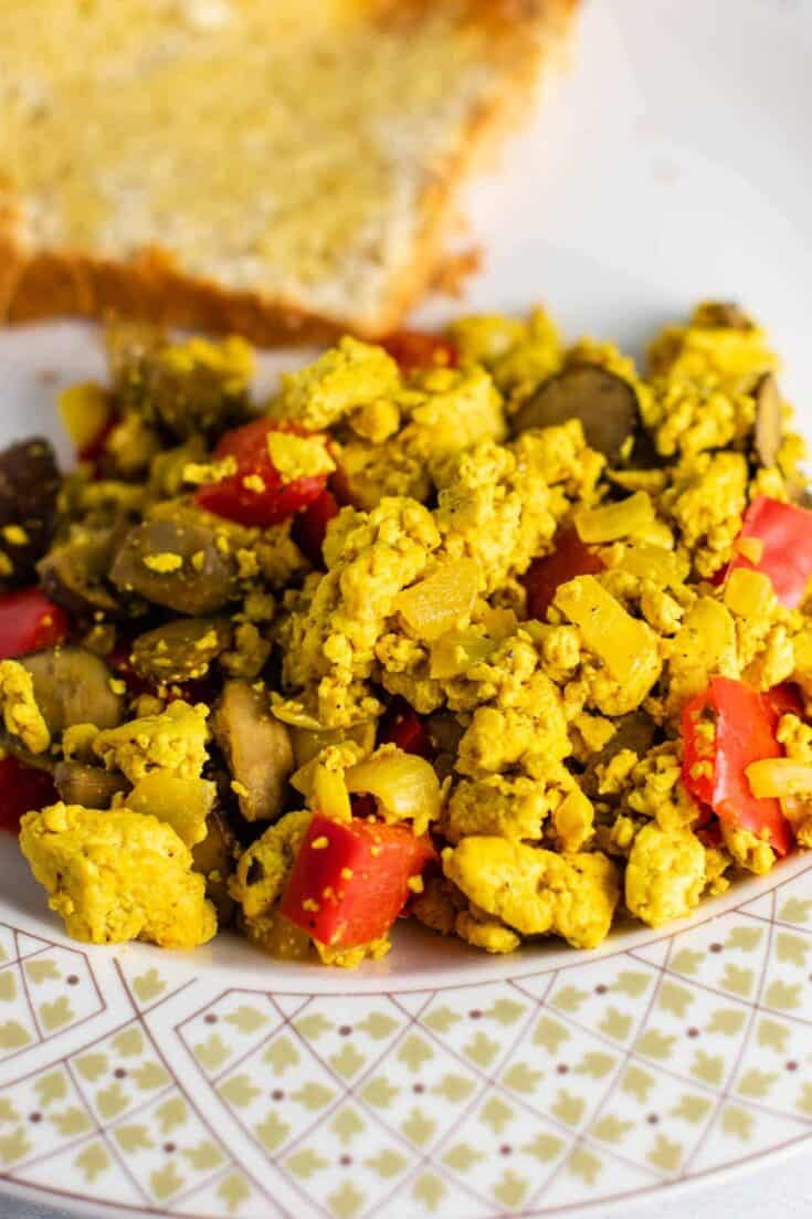 how to make tofu scramble #vegan #breakfast #tofu