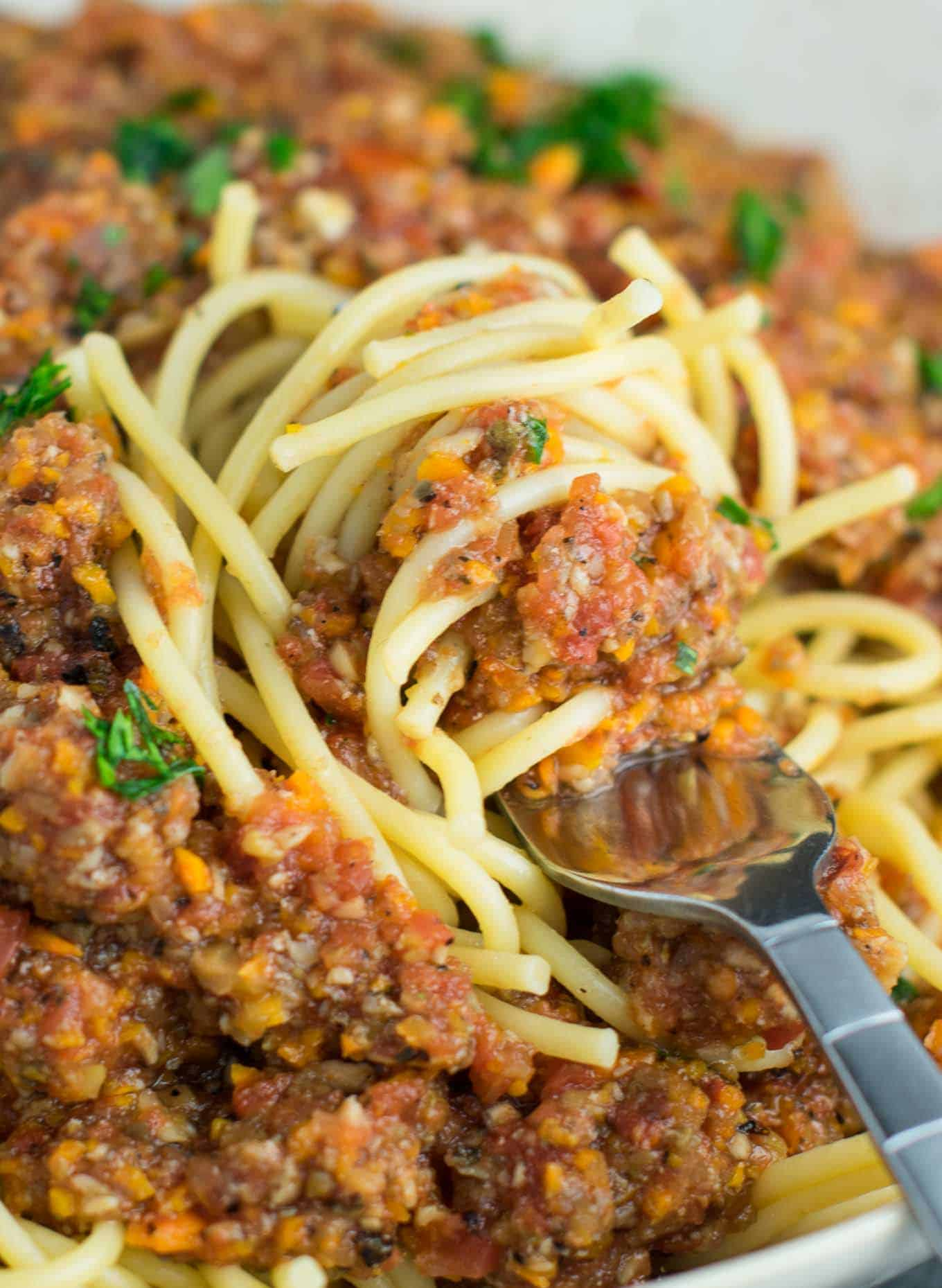 easy bolognese sauce made from vegetables