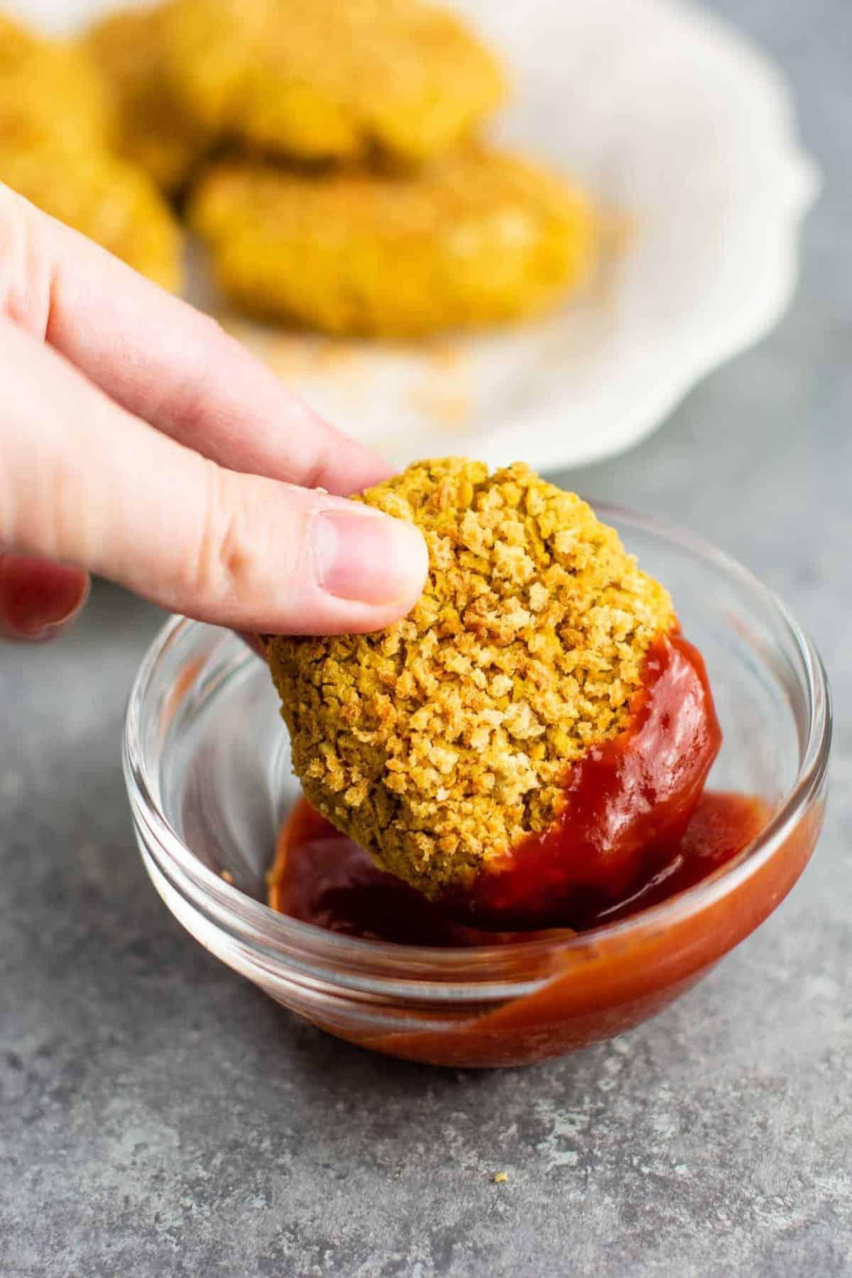 Vegetarian chicken nuggets – meatless chicken nugget recipe. #chickpeanuggets #vegetarian #meatless #chicknnuggets