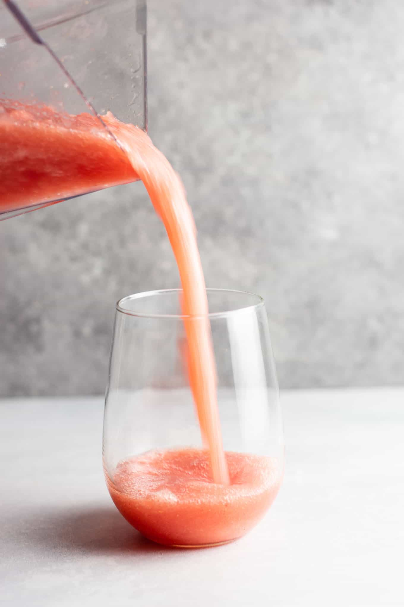Watermelon white wine slushies – these are perfect for summer! #whitewineslushie #whitewineslushies #slushierecipe #watermelon #drink #summer #alcohol