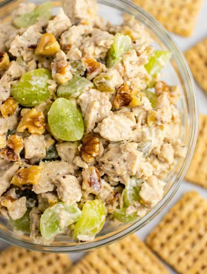 Vegan chicken salad with grapes and pecans. This is so good! I am obsessed! #vegan #veganlunch #veganmealprep #veganchickensalad #meatless #vegetarian #vegandinner #veganchicken