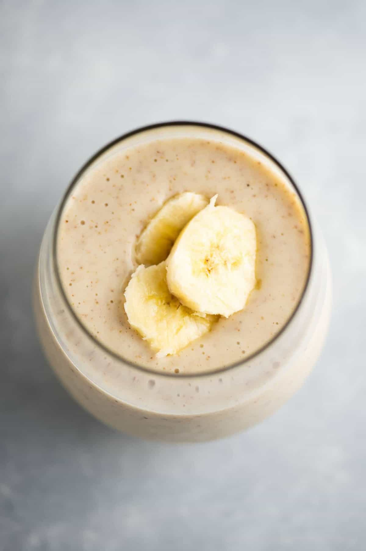 Easy, simple and yummy banana smoothie recipe