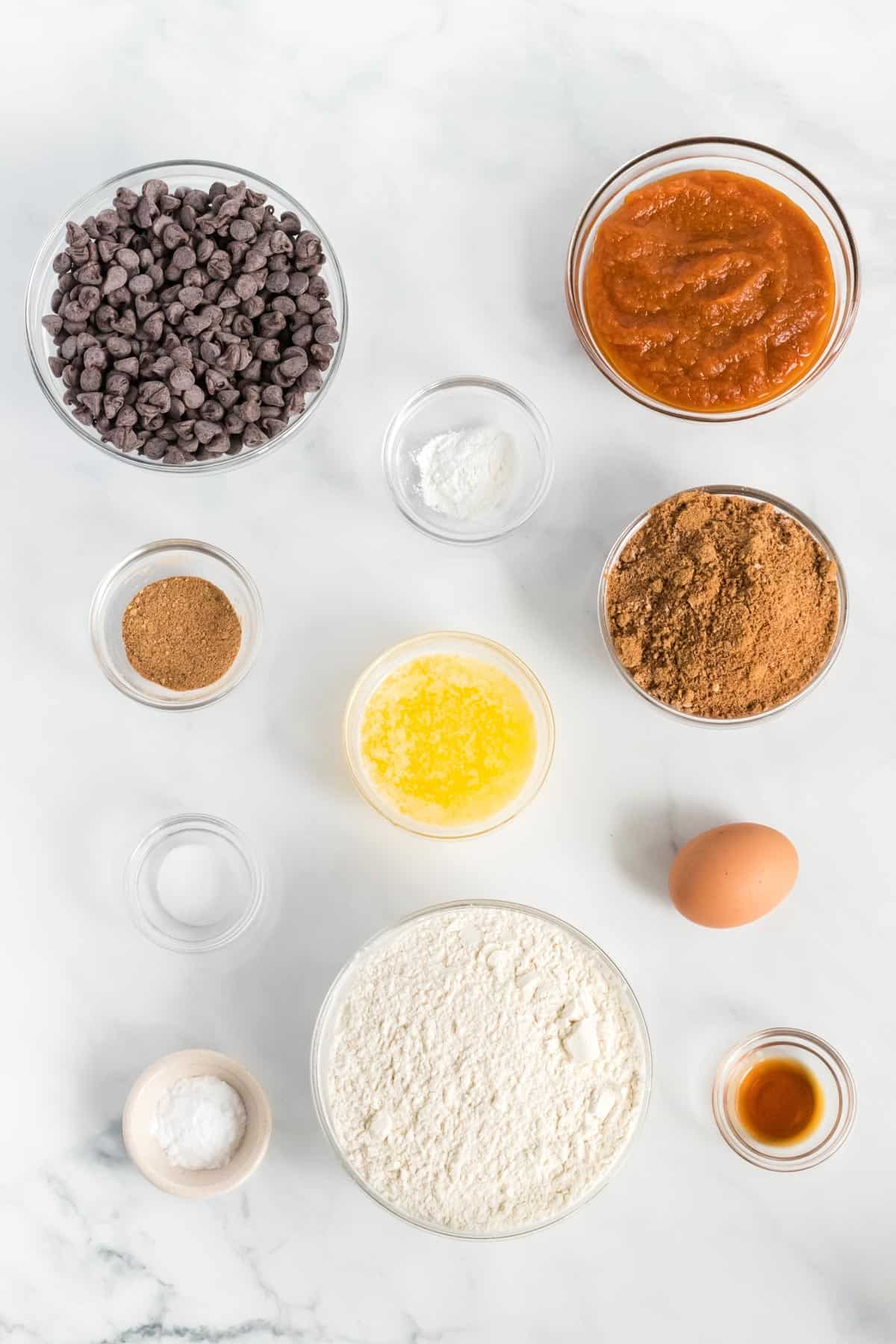 ingredients to make pumpkin chocolate chip cookies