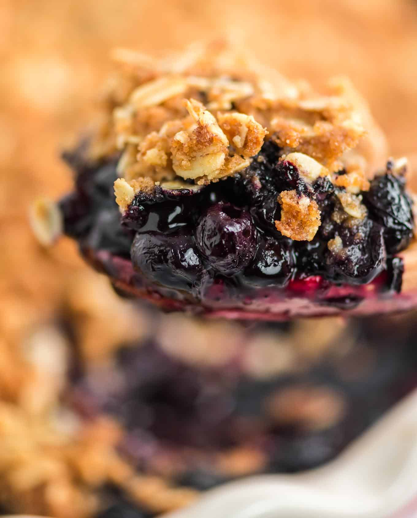 up close image of the finished blueberry crisp