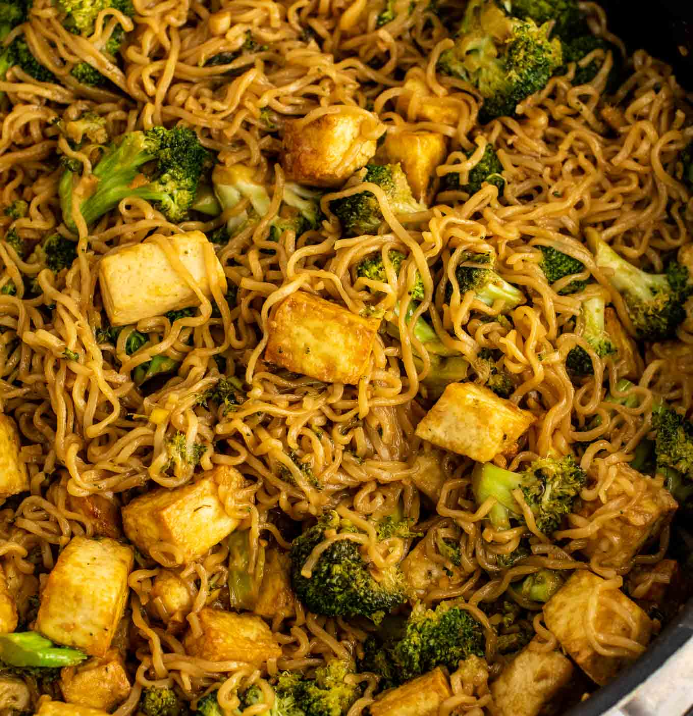 tofu, broccoli, and cooked ramen noodles