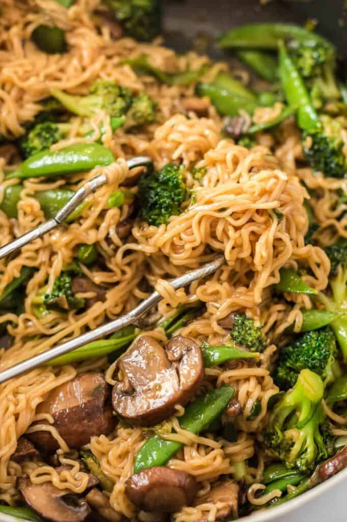 teriyaki noodles with ramen noodles and vegetables