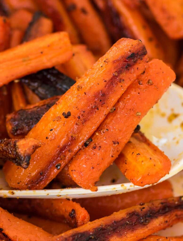 roasted carrots with browned edges