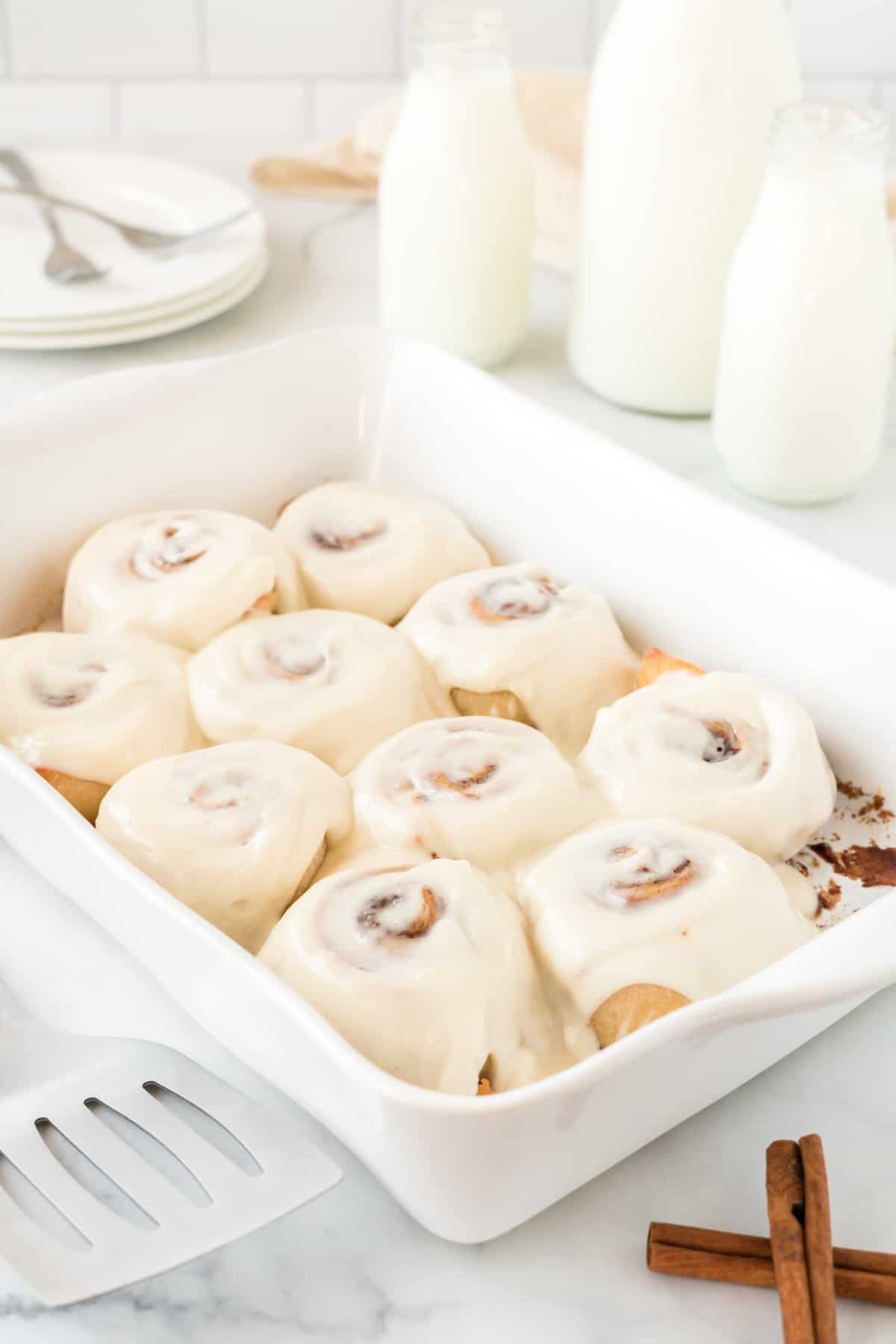 frosted cinnamon rolls with cream cheese icing