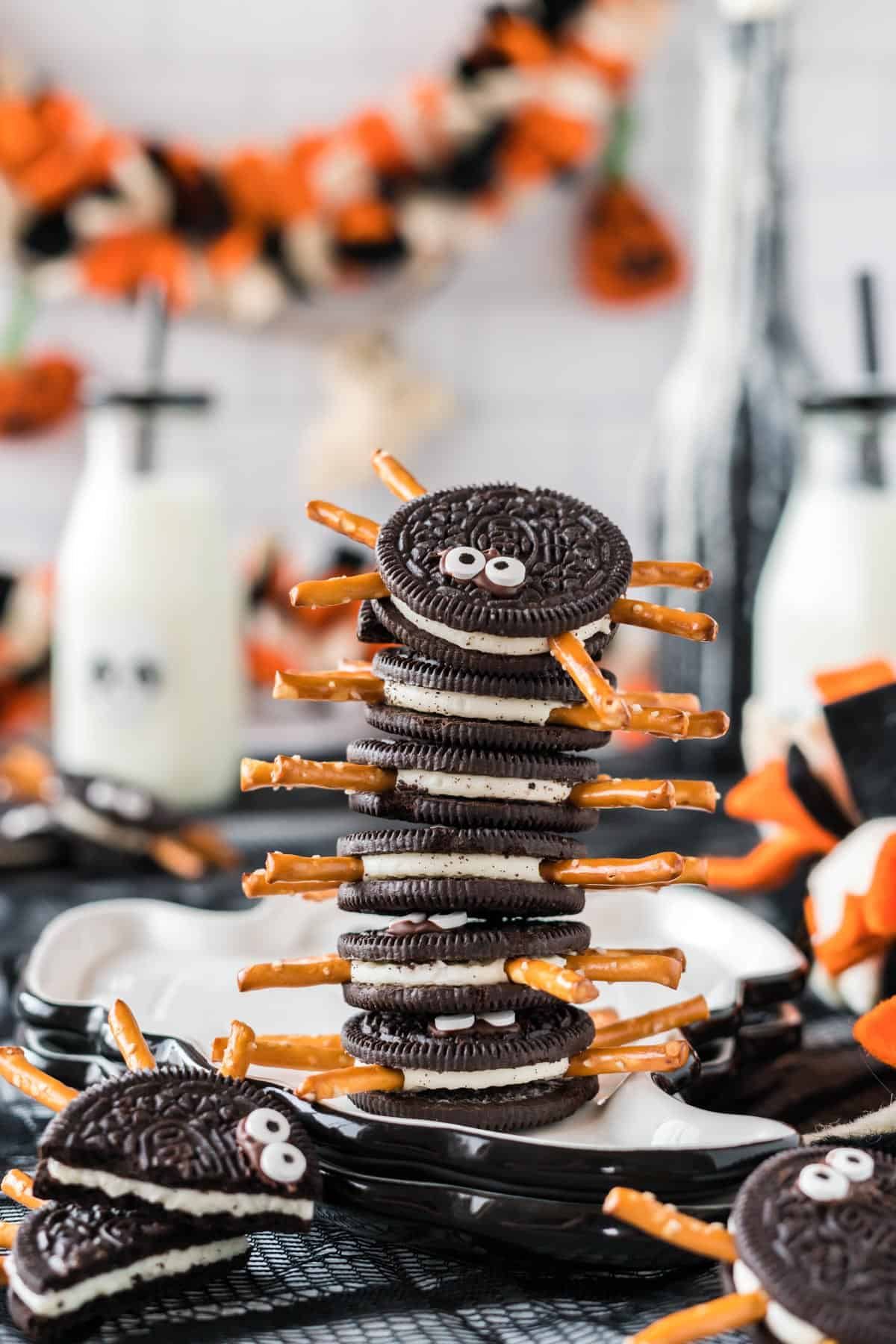 oreo spiders stacked