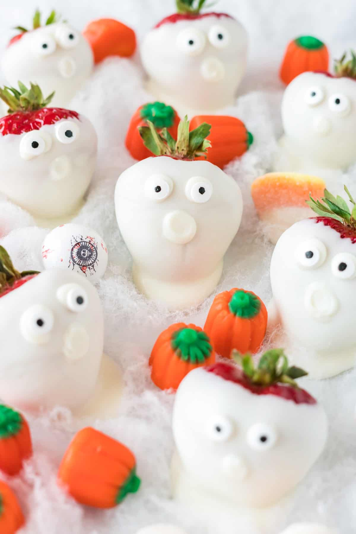 strawberry ghosts with halloween candy