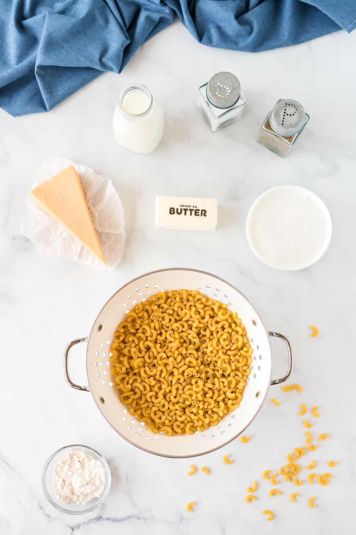 ingredients to make greek yogurt mac and cheese
