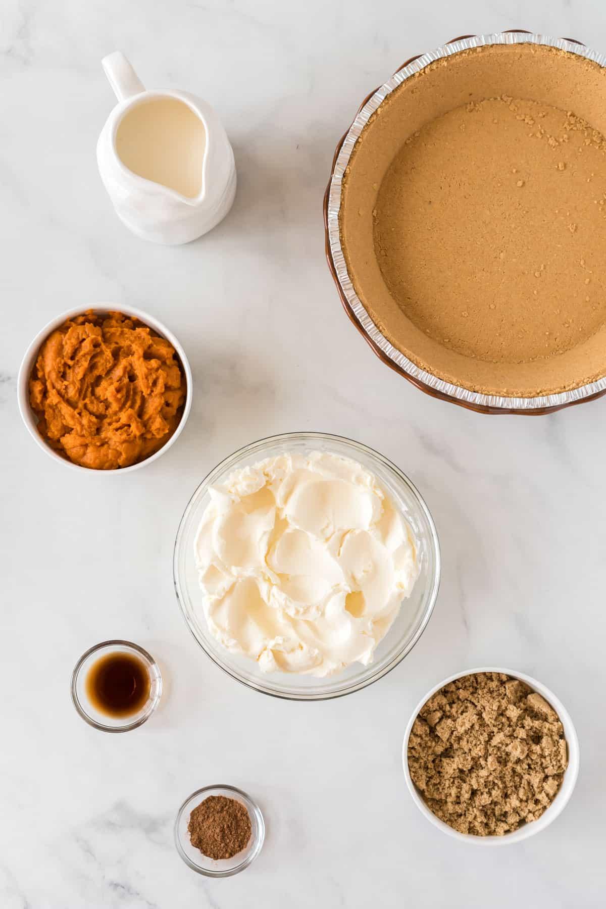 ingredients to make pumpkin cream pie